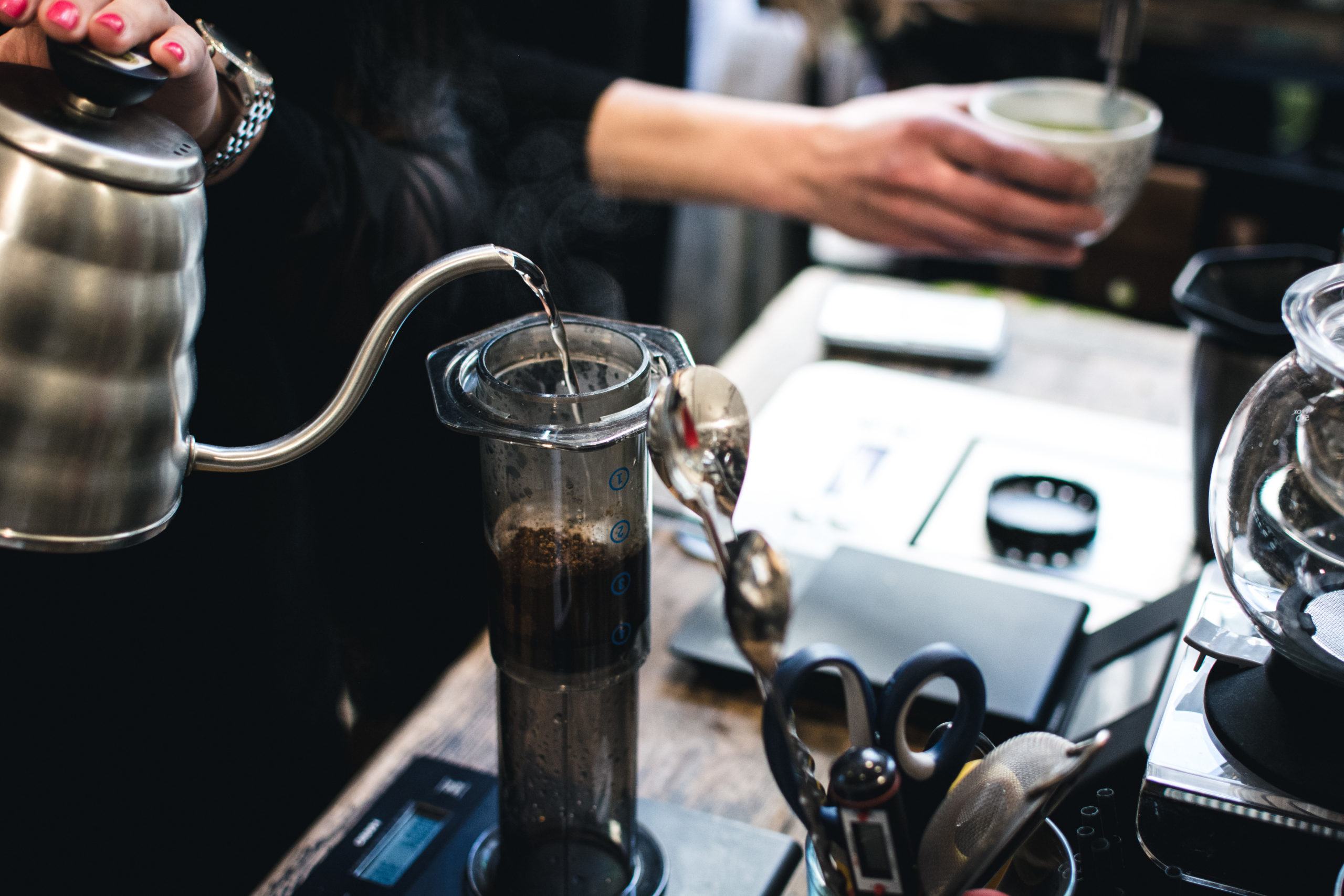brewing-coffee-in-aeropress-CWGN92H-scaled